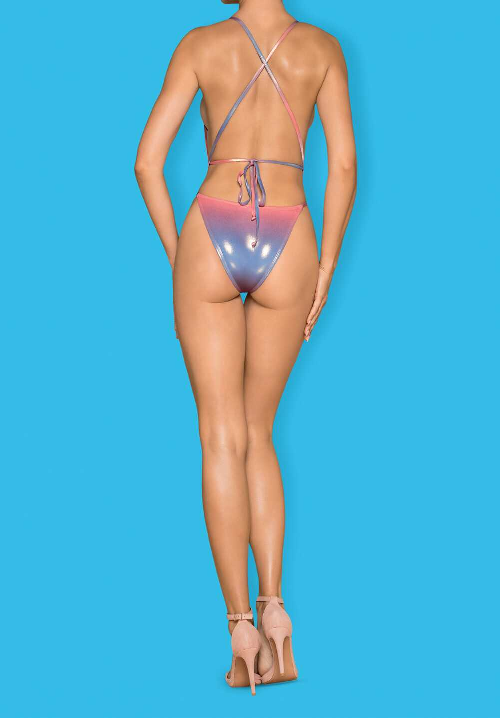 Afbeelding7 Artikel: Glowing swimsuit Variant: 1131 Parent:  Datum: 05/06/2020 17:40:09