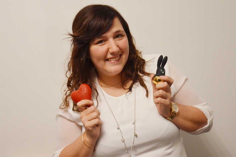 """""""De stilste klanten kopen de meeste speeltjes"""" - Upperlady Vicky De Beer in Krant van West-Vlaanderen"""
